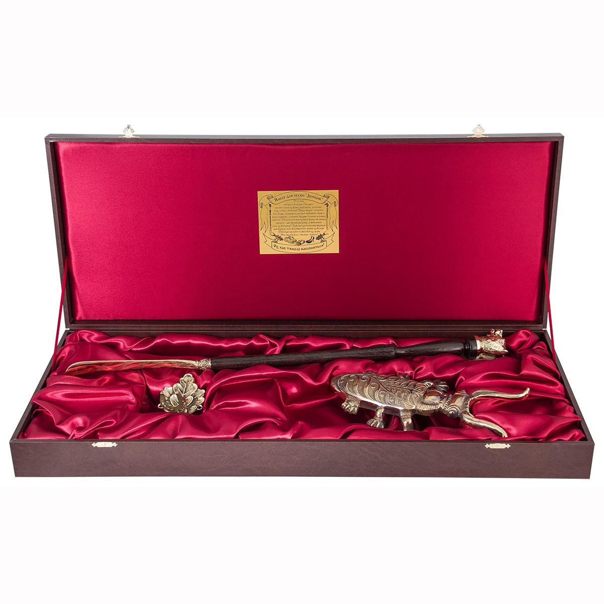 Подарочный набор для обуви «Денщик» - рожок большой «Медведь» с крючком «Дубовый лист»