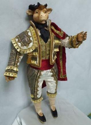 Коллекционная новогодняя кукла «Король Бык»